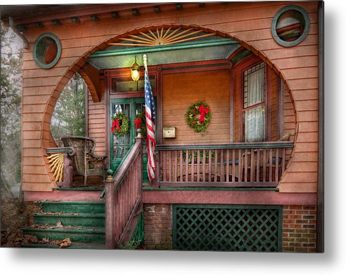 Victorian Metal Print featuring the photograph House - Porch - Metuchen Nj - That Yule Tide Spirit by Mike Savad