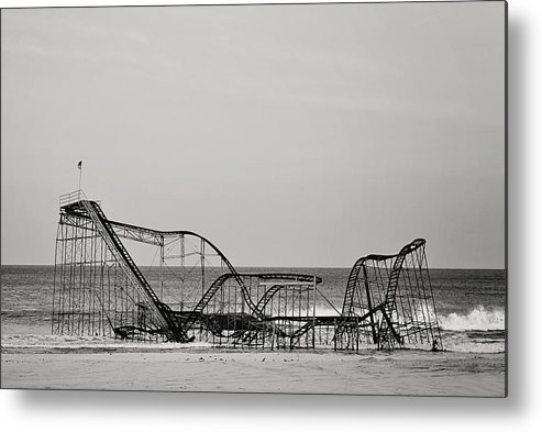 Jet Star Metal Print featuring the photograph Jet Star by Terry DeLuco