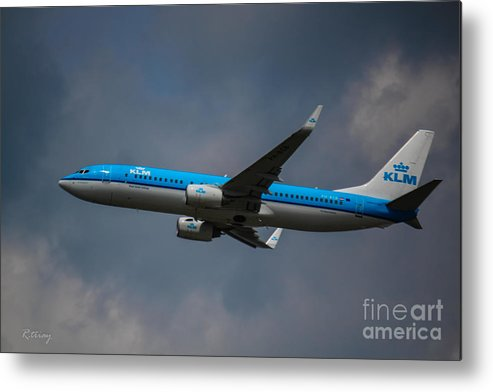 Klm Metal Print featuring the photograph Klm Boeing 737 Ng by Rene Triay Photography