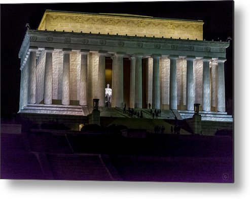 Lincoln Metal Print featuring the photograph Lincoln Memorial At Night by John Jack