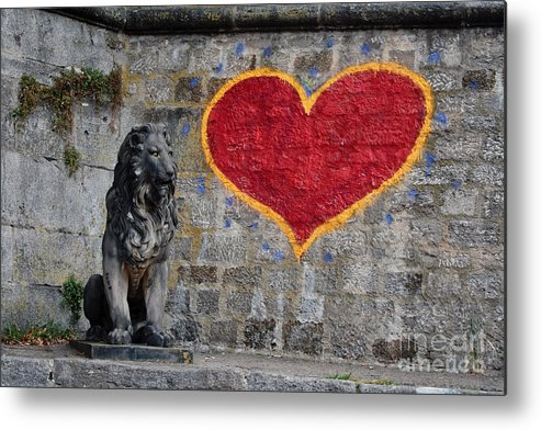 Statue Metal Print featuring the photograph Lionheart by Thomas Marchessault