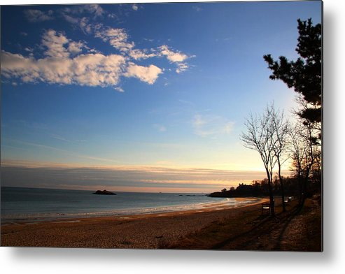 Beach Metal Print featuring the photograph Manchester By The Sea by Andrea Galiffi