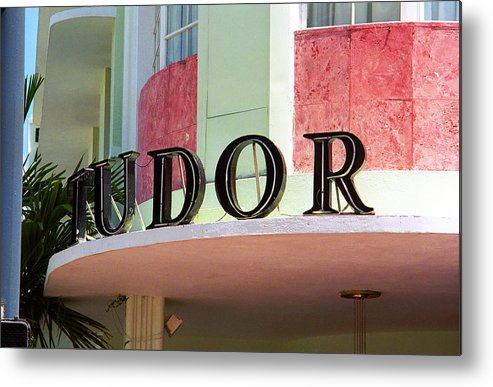 Architecture Metal Print featuring the photograph Miami Beach - Art Deco 11 by Frank Romeo