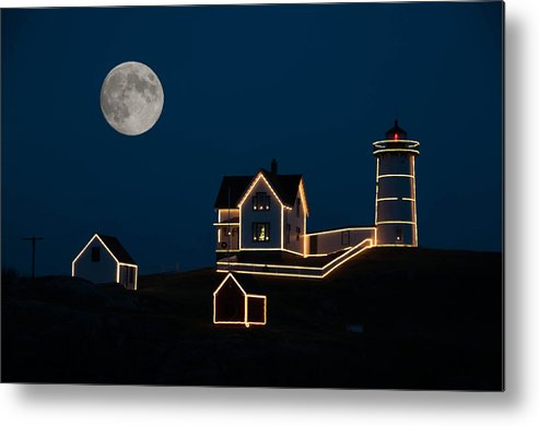 Atlantic Ocean Metal Print featuring the photograph Moon Over Cape Neddick by Guy Whiteley