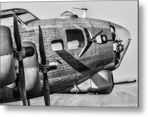 Aviation Metal Print featuring the photograph Nine O Nine by Nathan Gingles