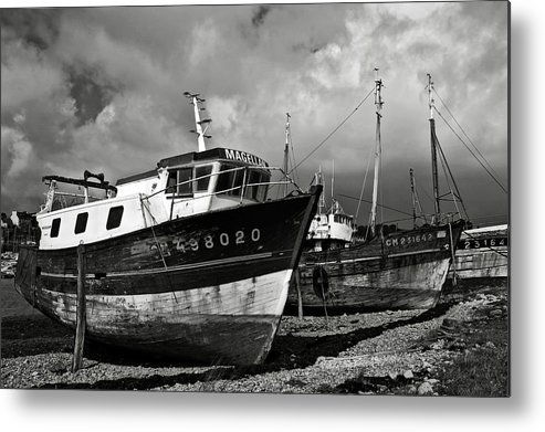 Old Metal Print featuring the photograph Old Abandoned Ships by RicardMN Photography