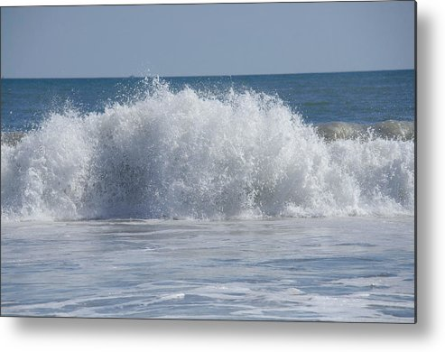 Metal Print featuring the photograph Pacific Wave II by Ricky Cerda
