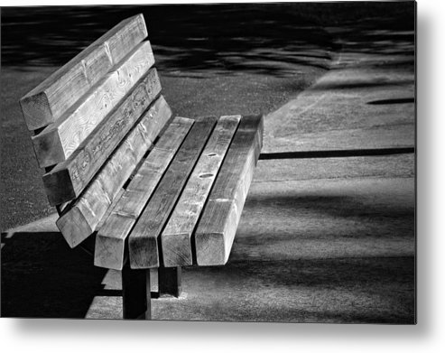 Photography Metal Print featuring the photograph Park Bench by Ludwig Keck