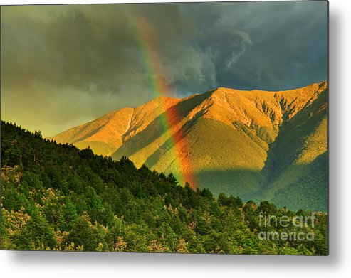Neuseeland Metal Print featuring the photograph Rainbow In The Mountains by Fabian Roessler