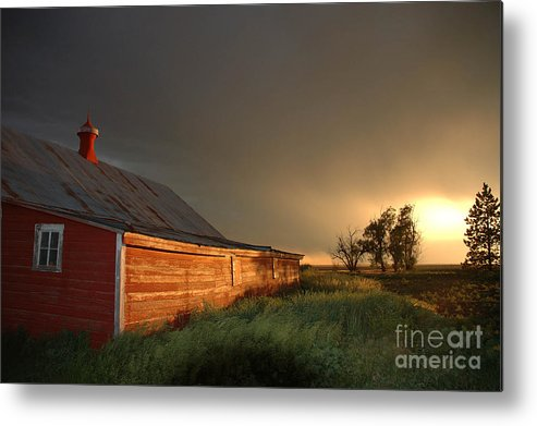 Barn Metal Print featuring the photograph Red Barn At Sundown by Jerry McElroy