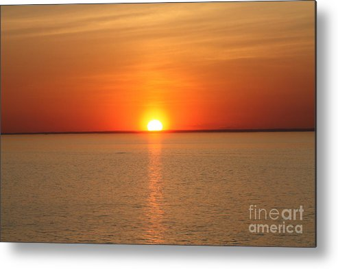 Red Hot Sunset Metal Print featuring the photograph Red-hot Sunset by John Telfer