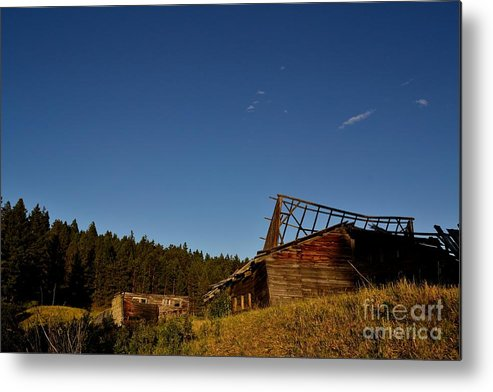 Phil Dionne Photography Metal Print featuring the photograph Rrr Homestead by Phil Dionne