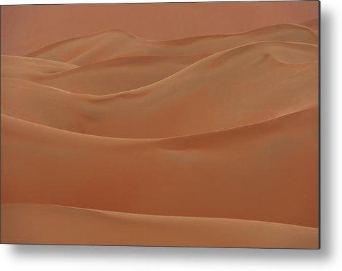 Cumming Metal Print featuring the photograph Sand Dunes Liwa, Abu Dhabi, Uae by Ian Cumming