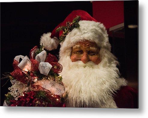 Santa Claus Metal Print featuring the photograph Shopping Mall Santa by Lee Roth