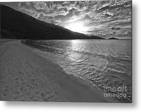 Magens Beach Metal Print featuring the photograph Sunset At Magens Bay Beach by Eyzen M Kim