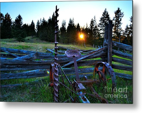Phil Dionne Photography Metal Print featuring the photograph Sunsets On The Old by Phil Dionne