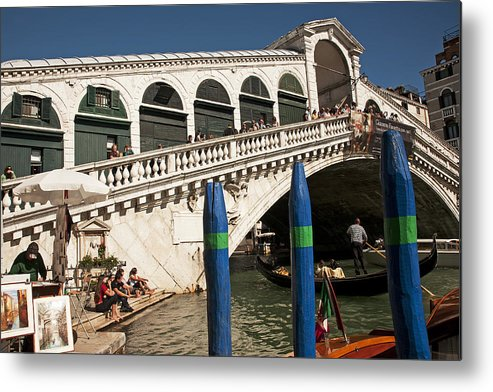 Rialto Bridge Metal Print featuring the photograph The Rialto Bridge Of Venice by Doug Davidson