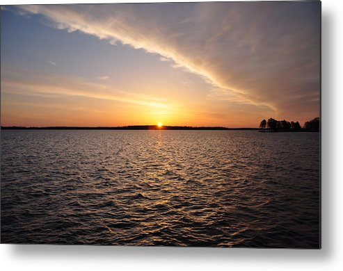 The Metal Print featuring the photograph The Sun Coming Up On The Chesapeake by Bill Cannon