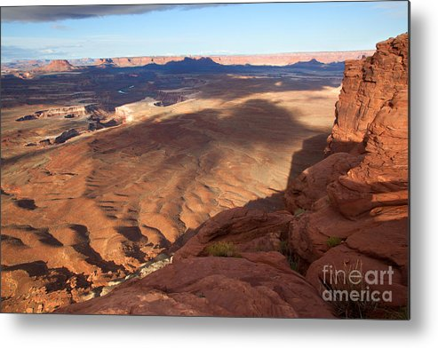 Canyon Lands Metal Print featuring the photograph The Valley So Low by Jim Garrison