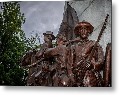 Battlefield Metal Print featuring the photograph Virginia Memorial At Gettysburg by Pat Scanlon