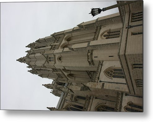 Alter Metal Print featuring the photograph Washington National Cathedral - Washington Dc - 011367 by DC Photographer