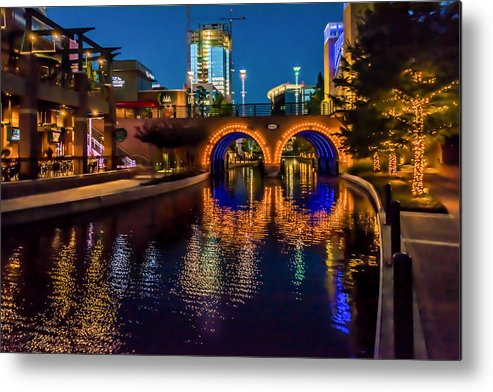 The Woodlands Metal Print featuring the photograph Woodlands Waterway-1 by Richard Irvin Houghton