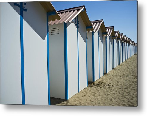 Horizontal Metal Print featuring the photograph Beach Cabins In Venice, Italy by Axel Fassio