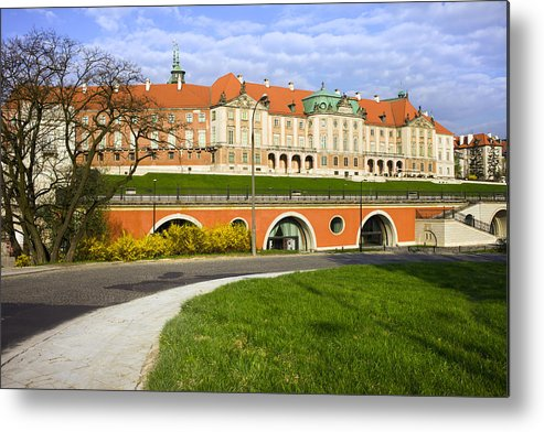 Warsaw Metal Print featuring the photograph Royal Castle In Warsaw by Artur Bogacki