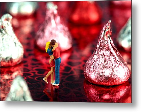 Lover Metal Print featuring the photograph The Lovers In Valentine's Day by Paul Ge