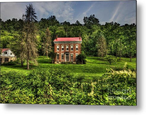 Abandoned House Metal Print featuring the photograph Abandoned House Near Wheeling by Dan Friend