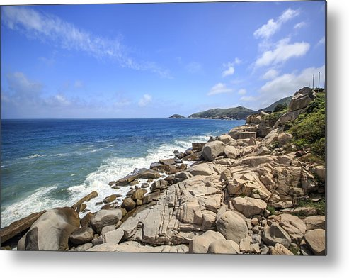 Horizontal Metal Print featuring the photograph Beautiful Sea View by 712