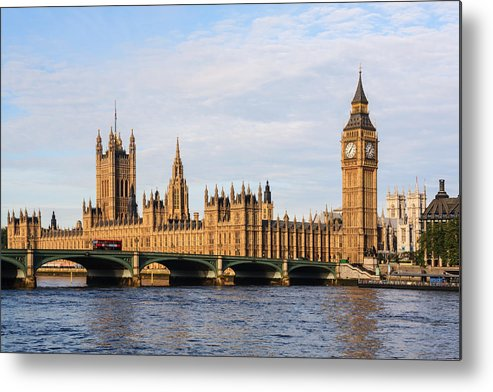 Horizontal Metal Print featuring the photograph Big Ben by By Raul_Wong