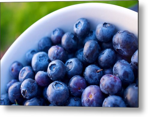 Horizontal Metal Print featuring the photograph Blueberries by Dane Sigua