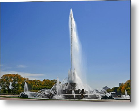 Clarence Metal Print featuring the photograph Buckingham Fountain - Chicago's Iconic Landmark by Christine Till