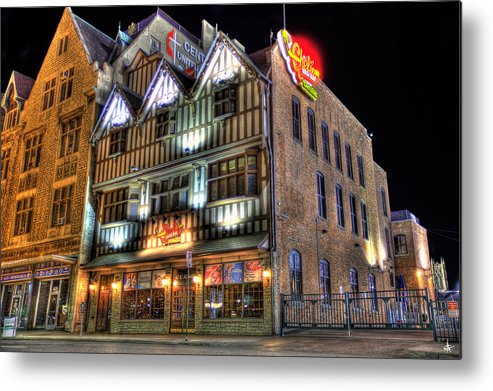 Cheli's Chili Bar Metal Print featuring the photograph Cheli's Chili Bar Detroit by Nicholas Grunas