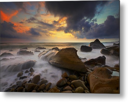 Horizontal Metal Print featuring the photograph Classic Fangshan by Sunrise@dawn Photography