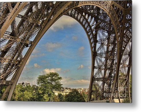Paris Metal Print featuring the photograph Eiffet Tower Up Close by Chuck Kuhn