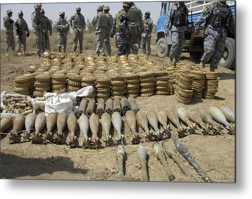 History Metal Print featuring the photograph Iraqi National Police And Us Soldiers by Everett