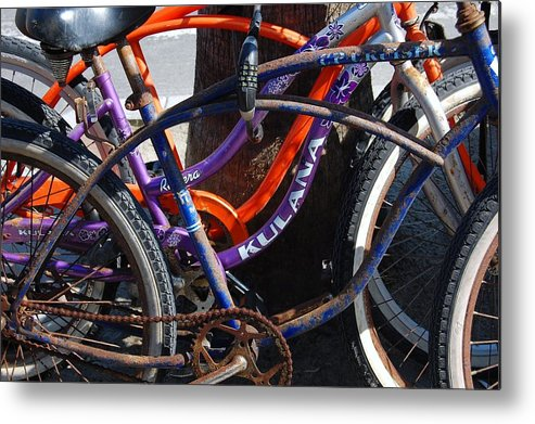 Bike Metal Print featuring the photograph Saggy Chain by Jame Hayes