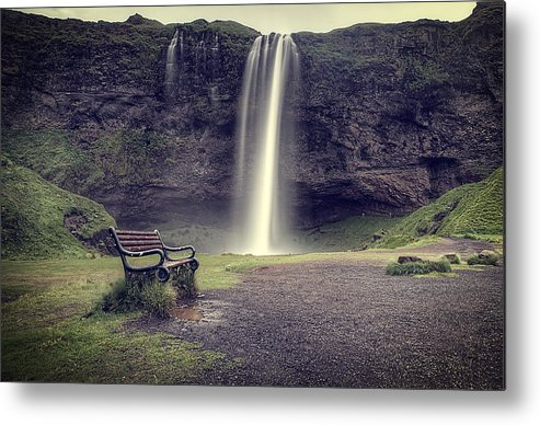 Horizontal Metal Print featuring the photograph Seljalandsfoss by Michael Murphy