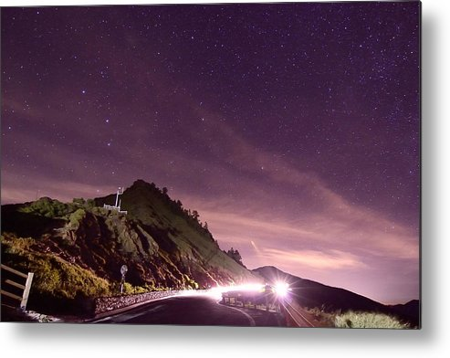Horizontal Metal Print featuring the photograph Star On Mountain Hill by Ming-Chung's Photo