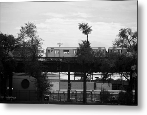 Black And White Metal Print featuring the photograph The 7 Line In Black And White by Rob Hans