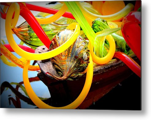 Dale Dale Metal Print featuring the photograph Twisted Beauty by Sherwanda Irvin