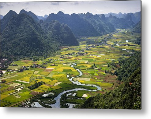 Horizontal Metal Print featuring the photograph Valley by By Hoang Hai Thinh