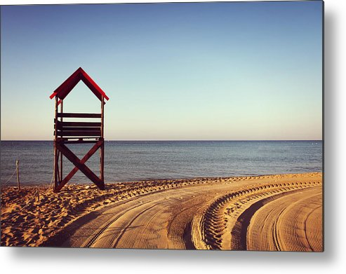 Horizontal Metal Print featuring the photograph View Of Beach by Lisaphoto