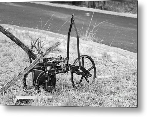 Metal Print featuring the photograph B/w127 by Jeff Downs