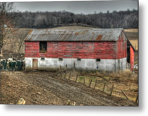 Rcouper Metal Print featuring the photograph Hill Barn by Rick Couper