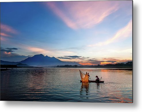 Sunset. Vietnam. Lake Metal Print featuring the photograph Sunset by Kim Le