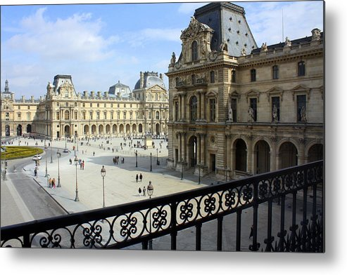 Louvre Metal Print featuring the photograph Walking At The Louvre by Susie Weaver