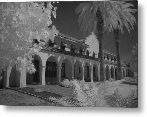 Kelso Ca Metal Print featuring the photograph Kelso Depot by Carl Hinkle
